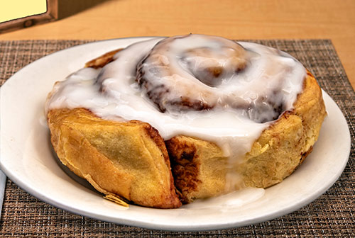 cinnamon roll breakfast in portsmouth nh