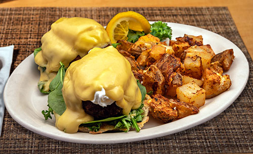 crabcake bennie benedict breakfast portsmouth nh